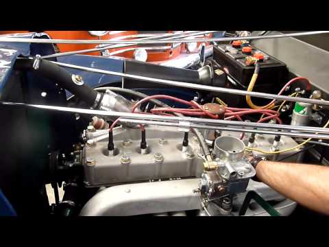 tracteur motostandard farmax d15d moteur mwm kdw415e doovi. Black Bedroom Furniture Sets. Home Design Ideas