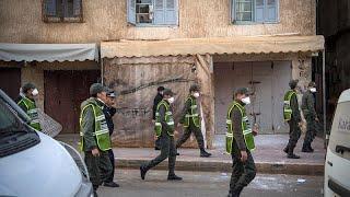شاهد: الأحياء الفقيرة بالمغرب بين الإغلاق بسب كورونا والأزمة الاقتصادية والعيش اليومي…