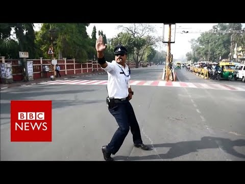 Pop and lock traffic cop - BBC News