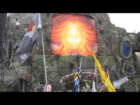 Sick Intro - Carnage @ TomorrowWorld 2014