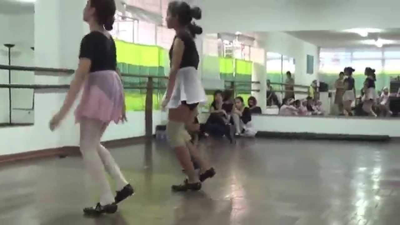 Academia de ballet en latex 3