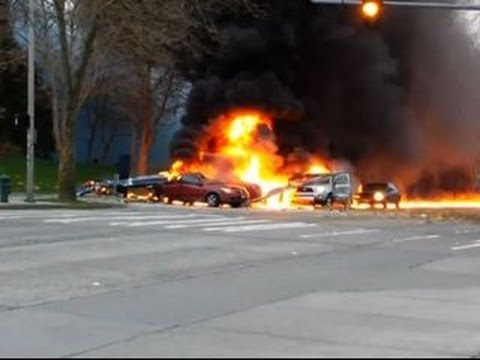 Seattle chopper crash: Eyewitness video from the ground and air