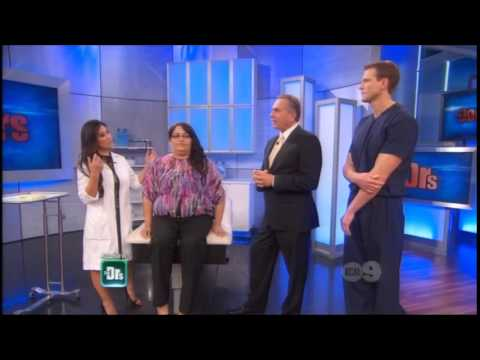 """Dr. Sandra Lee Removes a """"Buffalo Hump"""" on The Doctors - 01 23 14"""