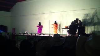 Feria San Isidro El Astillero bailando en el teatro del pue