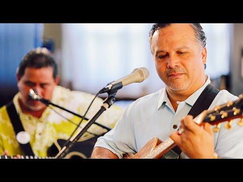Weldon Kekauoha - Lei Ho'oheno (HiSessions.com Acoustic Live!)