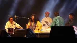 Abida Parveen live at Dhaka Internationa Folk Festival 2015-Dama Dam Mast qalandar