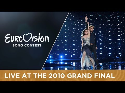 Chanée & N'evergreen - In A Moment Like This (Denmark) Live 2010 Eurovision Song Contest
