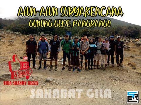 Jalan Jalan Di Alun-alun Suryakencana Gunung Gede Pangrango