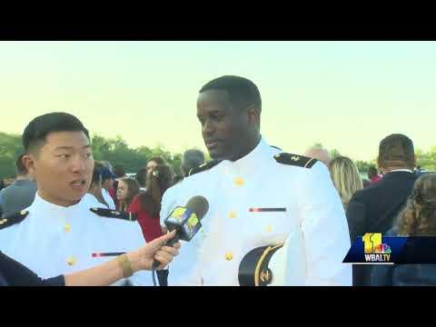 1,042 Midshipmen Graduate Naval Academy