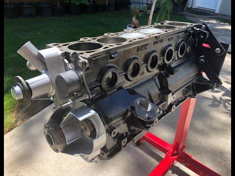 E30 M20B25 Engine Rebuild ( 4K ) part 1