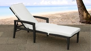 Beliani Rattan Garden Lounger - Polyrattan - Wicker - With Cushion - Perugia - Eng