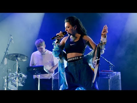 Mura Masa feat. Charli XCX - 1 Night (Radio 1's Big Weekend 2017)