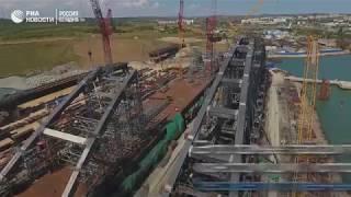 Судоходные арки Крымского моста готовы на 90%