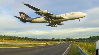 Boeing 747 LOW LANDING above the STREET - MD11, B747, Airbus A300 Arrival in the evening (4K)