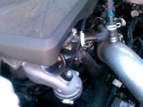 2007 cx-7 engine noise on start up. - youtube