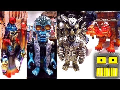 Awesome Designer Art Vinyl Figure Toys PopLife SFBI Toy Tokyo Booth 2018 New York Toy Fair Art Toys