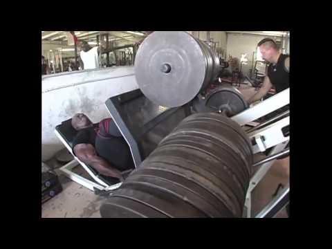 Рони Колеман жмет ногами 1 тонну