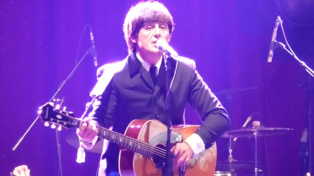 Yesterday - Bootleg Beatles - Paul McCartney - Acoustic Stage - Glastonbury  Festival 2016