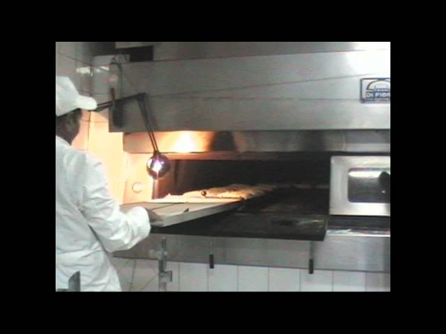 forno a legna  per panificio wood fired oven bakeries Di Fiore Forni Travel Video