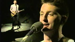 Billy Bragg - Milkman Of Human Kindness (Live on Whistle Test 1984)