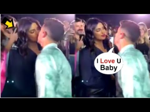 Priyanka Chopra's ROMANTIC Moment With Hubby Nick Jonas In Front Of FANS At Jonas Brother's Concert