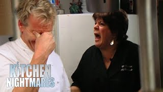 vuclip Ramsay Stunned As Food Left at the Pass For OVER 11 MINUTES! | Kitchen Nightmares