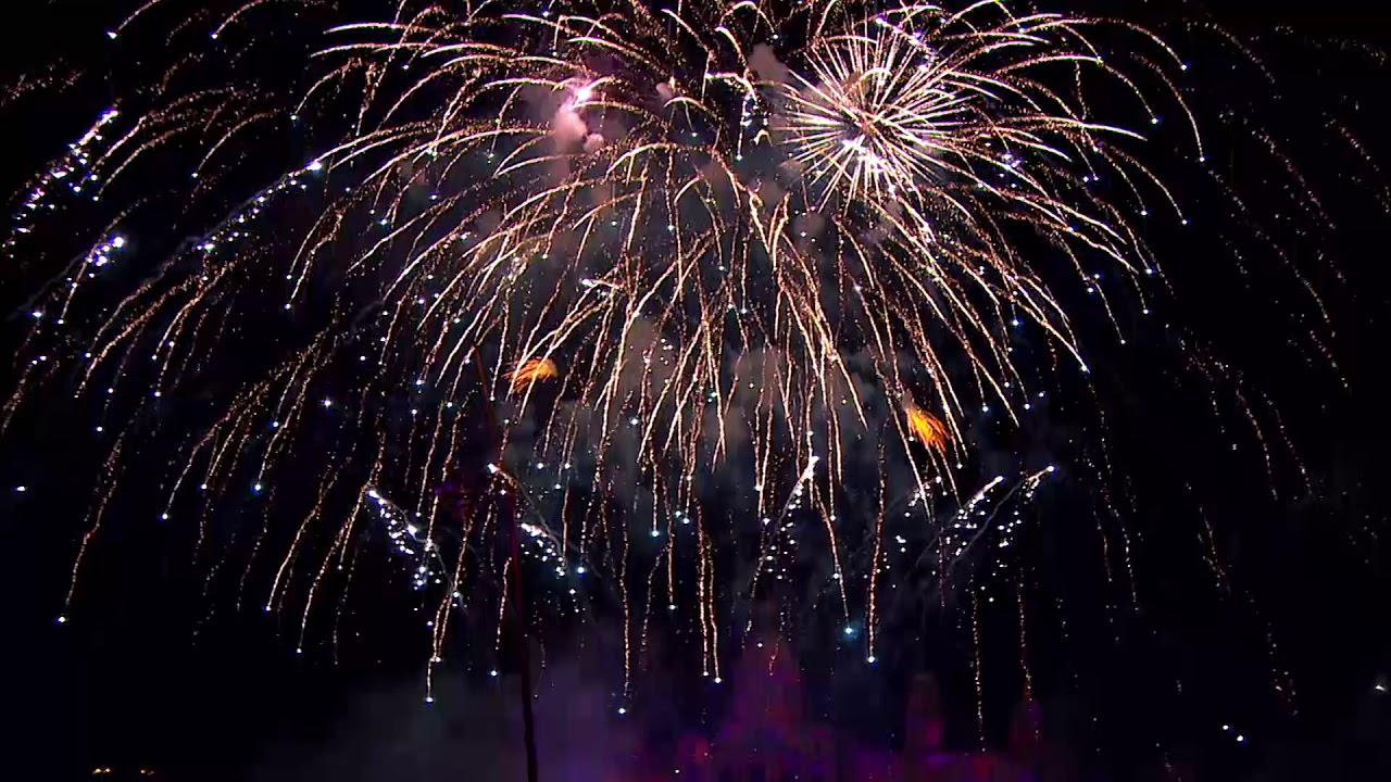 ▷ BARCELONA NEW YEAR'S EVE 2019 2020 Spain Celebrations