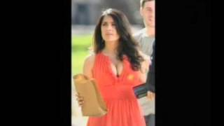 Salma Hayek Breast Feeding In Public