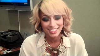 pretty girl keri hilsons backstage video