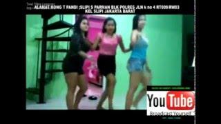 Video Lagu dangdut remix CINTA KEMBANG JAMBU. joget merangsang TKI gila. download MP3, 3GP, MP4, WEBM, AVI, FLV Oktober 2017