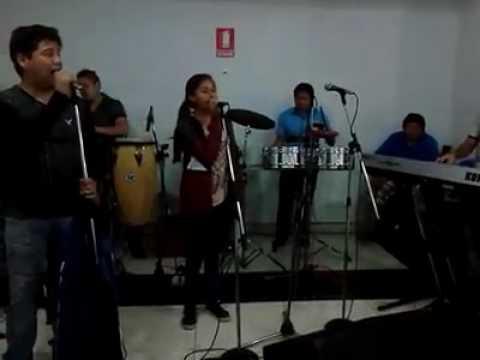 Nayeli Salazar Y Su Son De La Cumbia