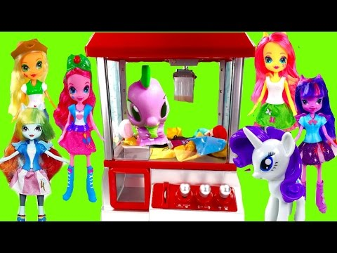 MY LITTLE PONY Play the Claw Machine! Spike Falls in Mane 6 Try to Save Him! Stop Motion!