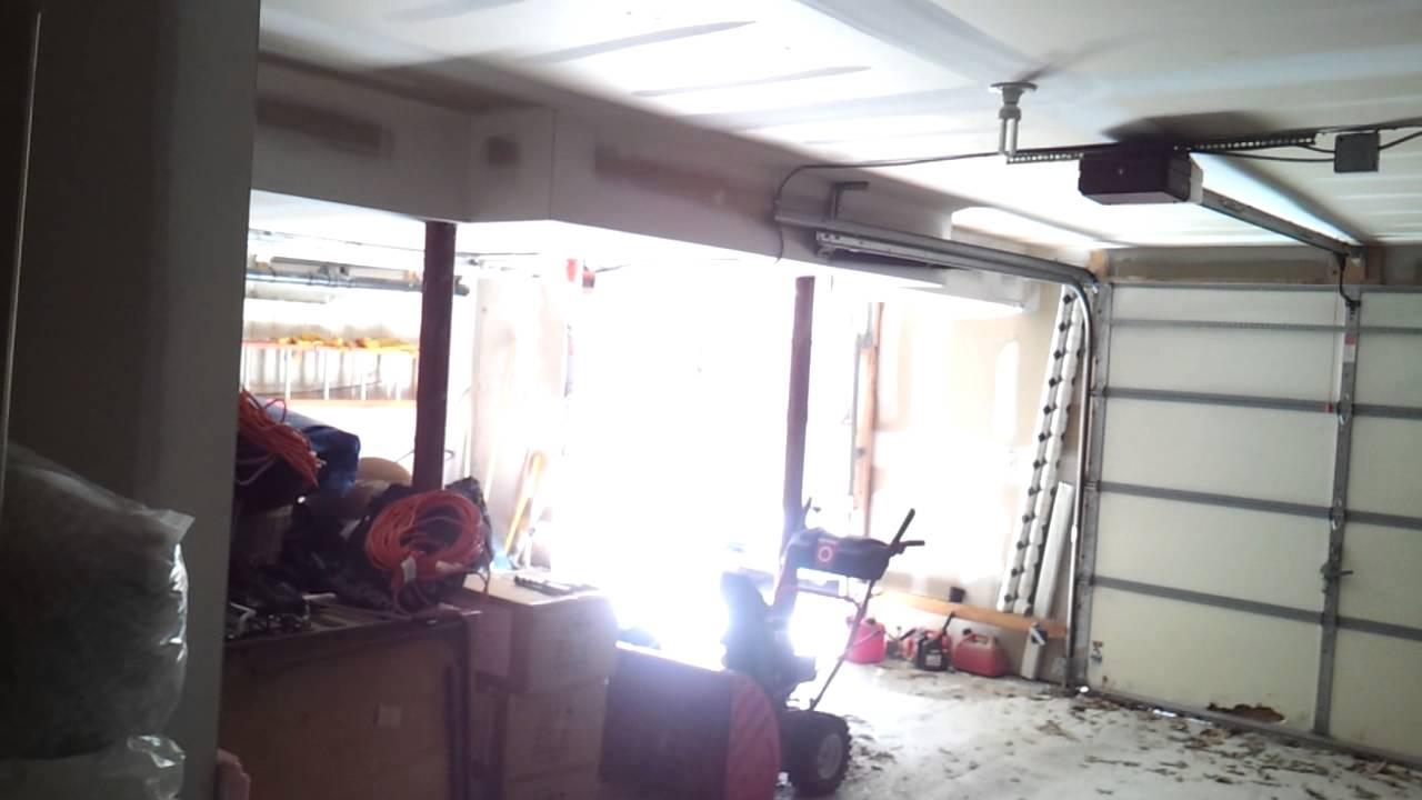 1998 raynor decade i ii single garage door youtube 1998 raynor decade i ii single garage door