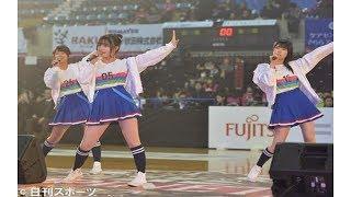 AKB48の47都道府県代表で結成されたチーム8が20日、秋田市内...