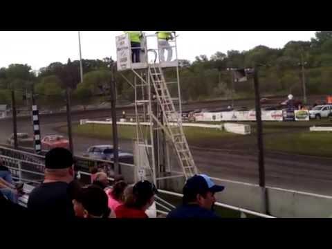 Fiesta City Speedway Pure Stock Heat 5/22/15