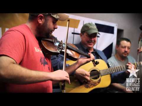 Russell Moore & IIIrd Tyme Out - Little Rabbit [Live at WAMU's Bluegrass Country]