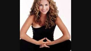 Un Homenaje A La Hermosa Mujer Latina Thumbnail