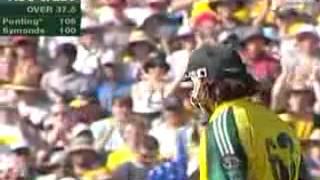 Ricky Ponting´s 124 and Andrew Symonds´ 151 versus Sri Lanka (2nd VB Series Final 2006).mpeg