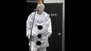 Puddles Pity Party: Celine Dion, Billy Idol, Metallica