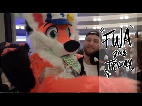 FWA 2018 Vlog [Friday]- Shopping, Snails, Synchronized vlogs, and Suiting