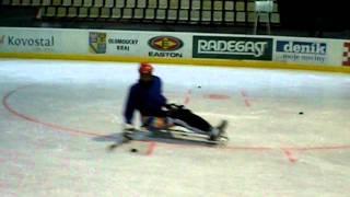 Sledge hokej - první trénink APA VČAS Olomouc v létě 2011