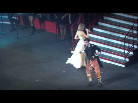 Love Story - Taylor Swift (Red Tour Manila