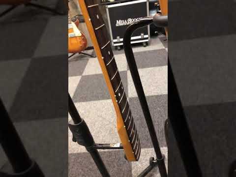 【川越のT.S.G.楽器店】Fender Japan Jazz Bass ネック・サイド・ポジション交換その②「暗視テスト」