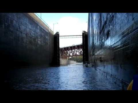 Going through a lock on the Mississippi River in a canoe - part 3