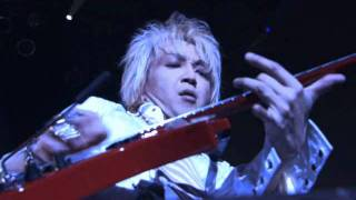 Daisuke Asakura Lives@Zepp Tokyo on 11,Oct 2004. DA created digital...