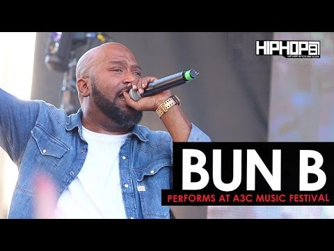 "Bun B Performs ""Trap or Die"", ""Big Pimpin"" & More at 2016 A3C Music Festival (Shot by Danny Digital)"