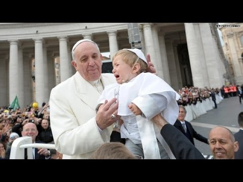 See what happens when Pope meets his 'Mini-Me!'