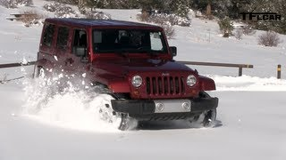 2013 Jeep Wrangler Snow Drive Freedom Top Review: Jeep Week Video #7