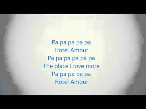 Hotel Amour - Hotel flamingo lyrics