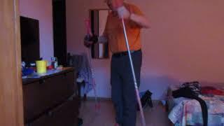 ВидеоУрок 1. Азы горнолыжной техники. Как правильно надевать палки (MVI 1630)